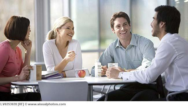 Tạo dựng và duy trì mối quan hệ với đồng nghiệp