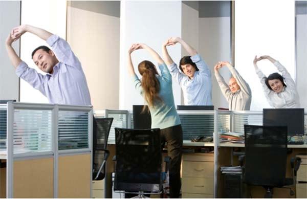 Mẹo hay giúp bạn chống lại cơn buồn ngủ nơi làm việc 2