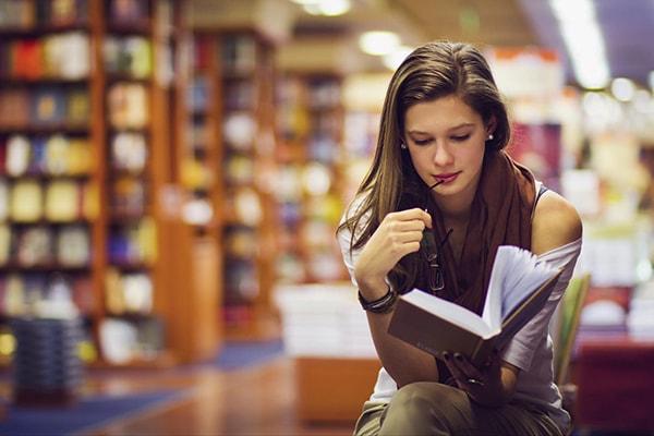 Đọc sách nhiều để mở rộng kiến thức