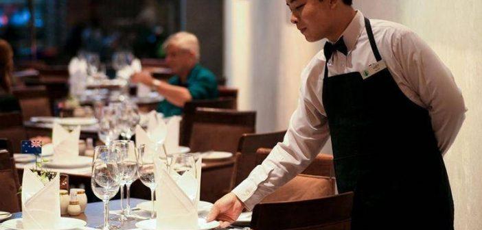 7 kỹ năng phải có cho sinh viên làm thêm tại nhà hàng, quán ăn