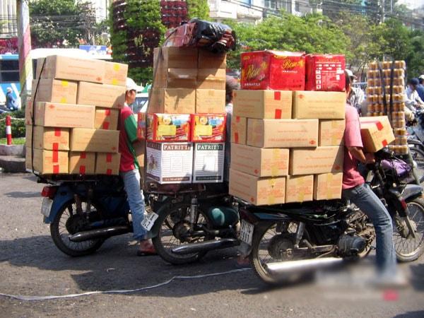 Dịch vụ giao hàng ngày Tết kiếm nhiều tiền