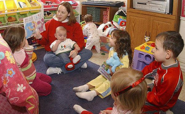 Thói quen sạch sẽ sẽ rất có lợi khi làm nghề giữ trẻ tại nhà