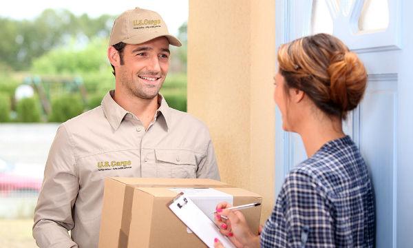 Kỹ năng giao tiếp là điều cần thiết cho nhân viên giao hàng